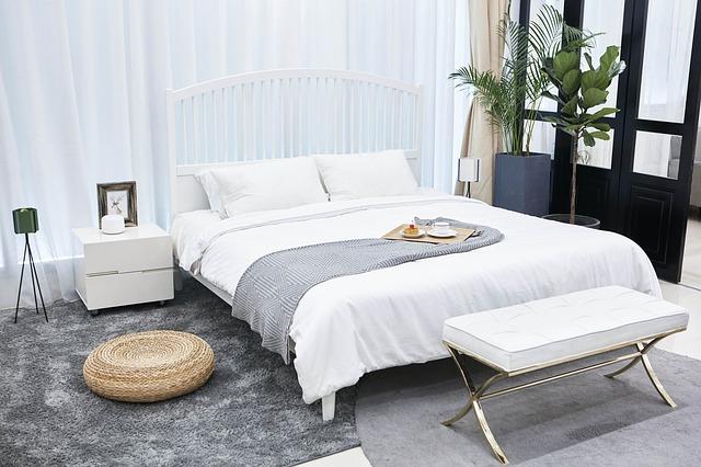 palma u postele