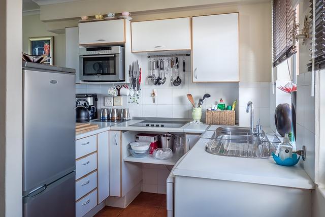 Umístění mikrovlnné trouby v kuchyni