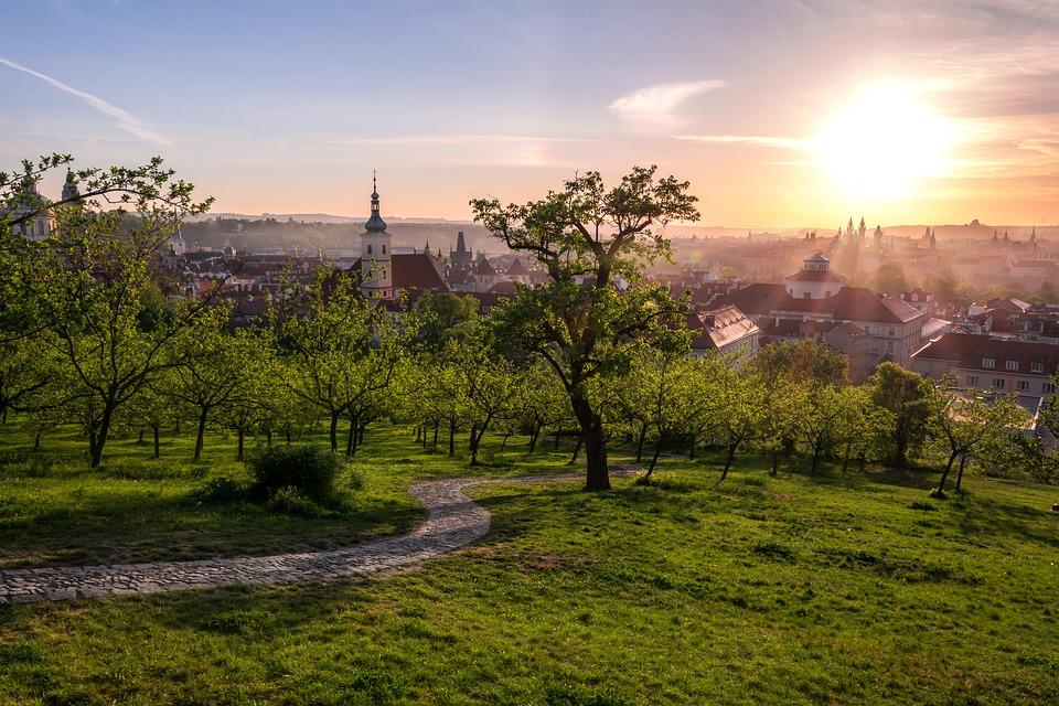 výcxhod Slunce v Praze